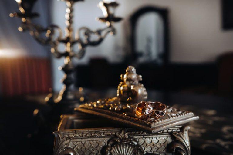 תכשיטים בסגנון עתיק